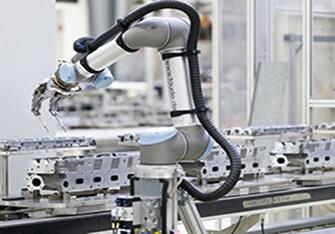 Endüstri Üretiminde Robot Kullanımı